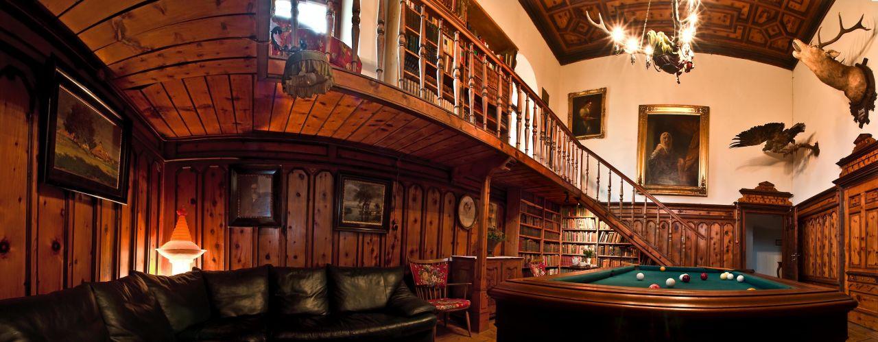 """Bild """"Bibliothek"""" zu Schloss Lichtengraben in Bad St. Leonhard im ..."""