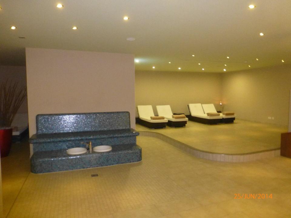 ruhebereich der sauna the grand ahrenshoop ahrenshoop holidaycheck mecklenburg vorpommern. Black Bedroom Furniture Sets. Home Design Ideas