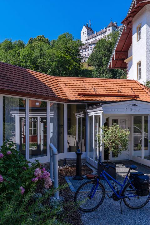 bild rezeption zu hotel hohenaschau in aschau im chiemgau. Black Bedroom Furniture Sets. Home Design Ideas