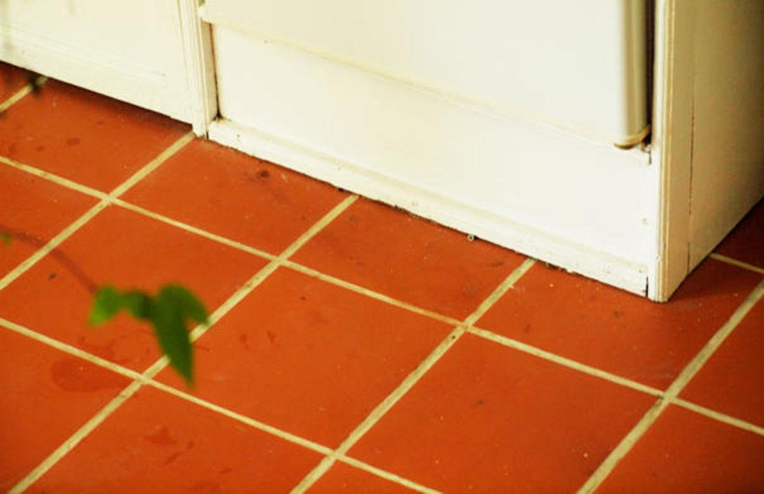 Kühlschrank Im Boden : Erhöht waschmaschine kühlschrank regalwinkel boden gestell
