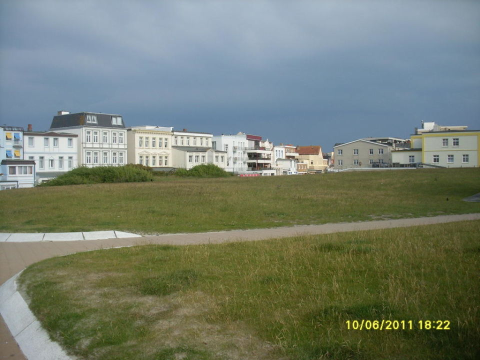 bild hotel seeblick zu hotel am damenpfad mit haus seeblick in norderney. Black Bedroom Furniture Sets. Home Design Ideas