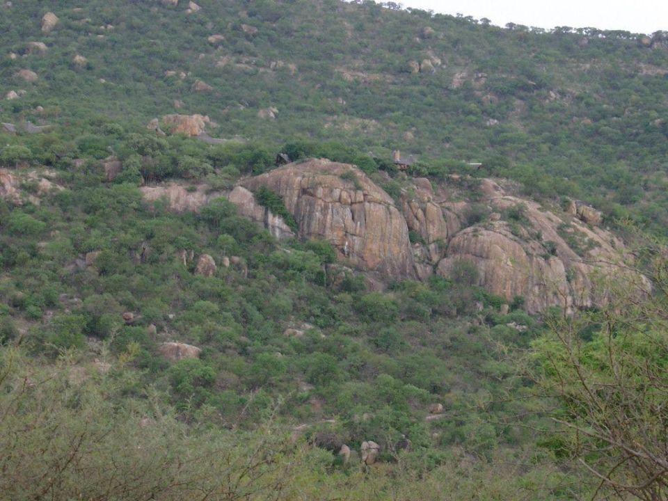 Blick auf Bongani vom gegenüber liegenden Berg Bongani Mountain Lodge