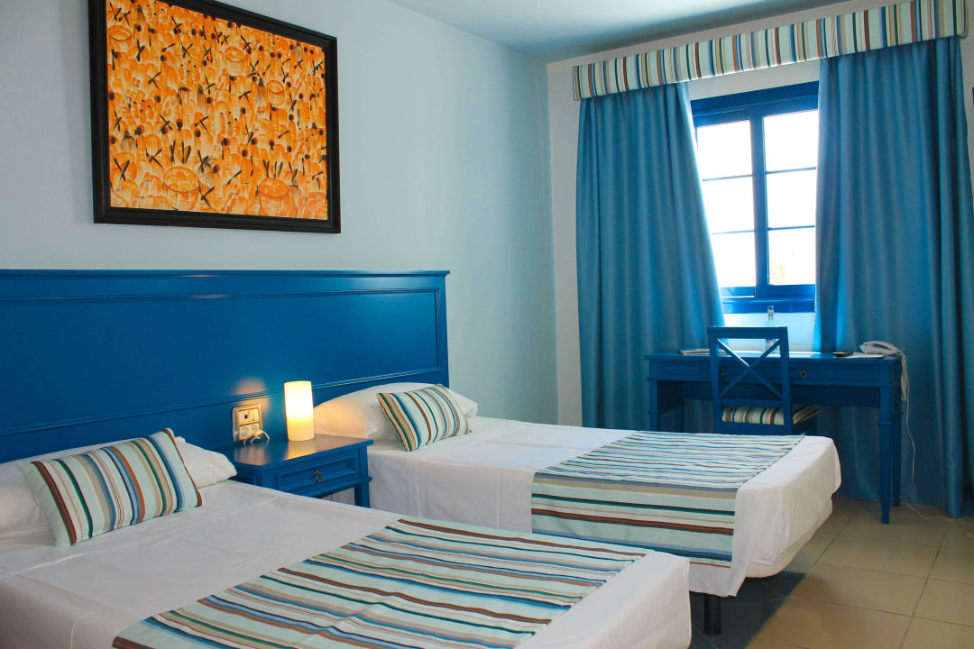 Interior Room RK Hotel El Cabo