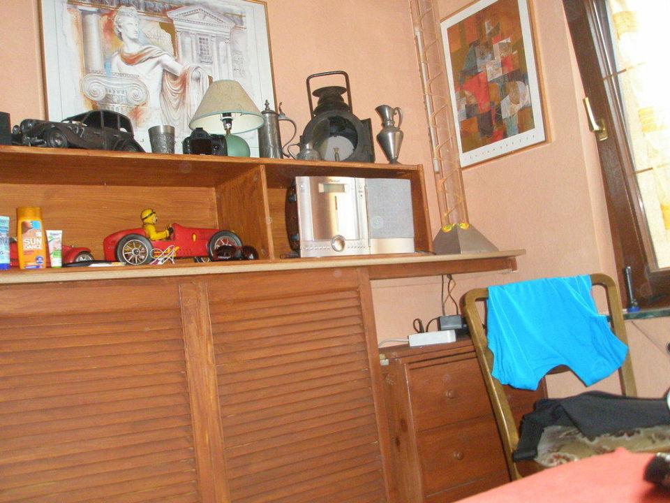 Schrank im kleinen Zimmer FeWo Am Kagenmarkt F337
