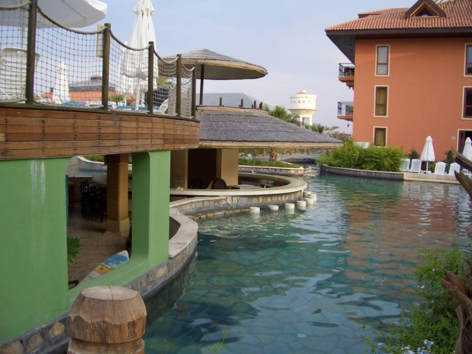 Poolbar Club Grand Aqua