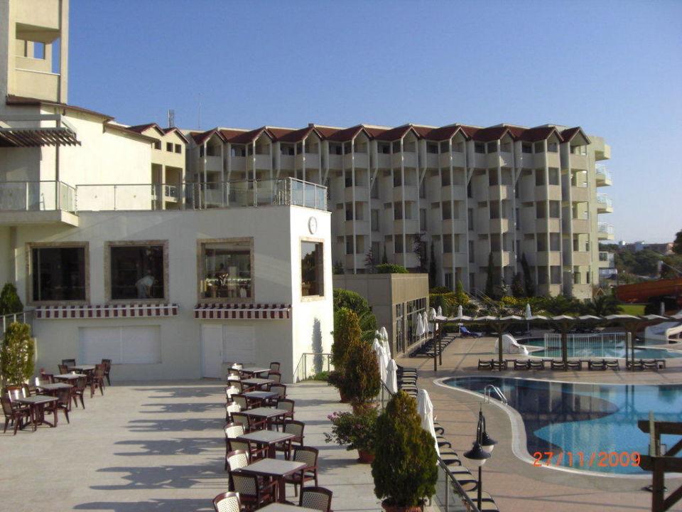 Poolbereich Arcanus Side Resort