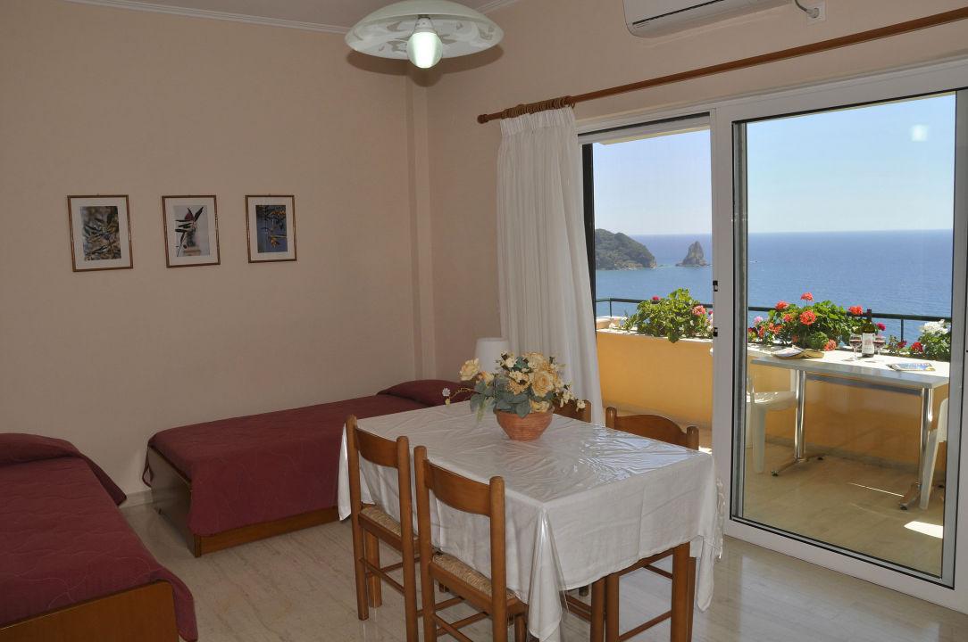 Zimmer Pelagos Apartments