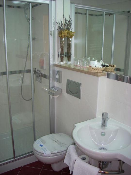 Badezimmer der Juniorsuite Hotel Mare Mare Suites