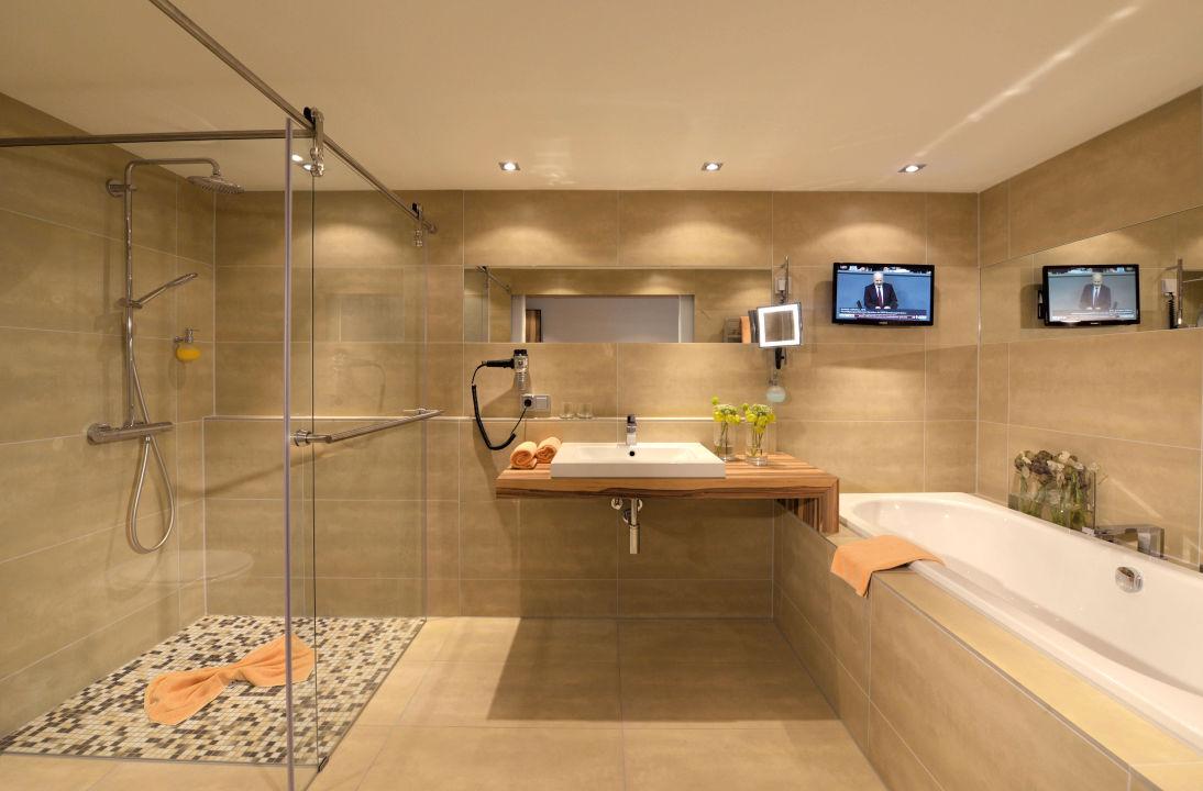 """unsere neuen badezimmer im neubau deluxezimmer"""" parkhotel, Badezimmer ideen"""