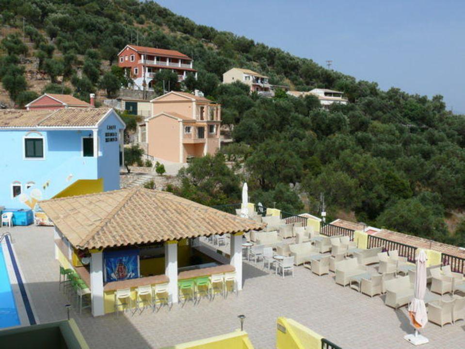 Terrasse in der Nähe der Poolbar  mit Meeresblick Hotel Corfu Residence