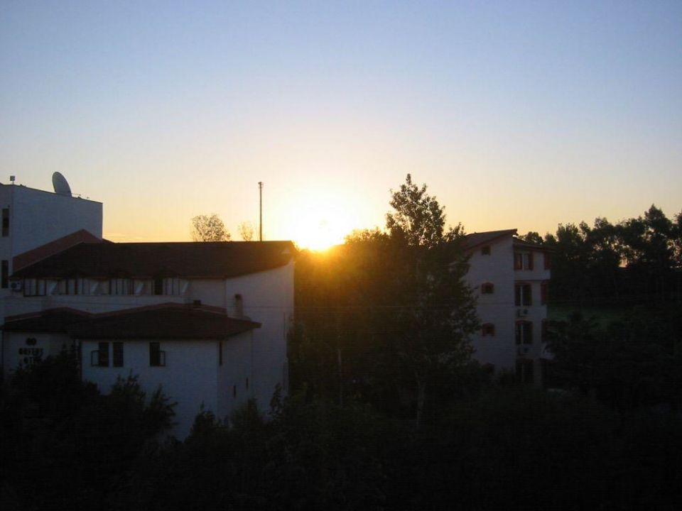 Sonnenaufgang Hotel Victory Resort