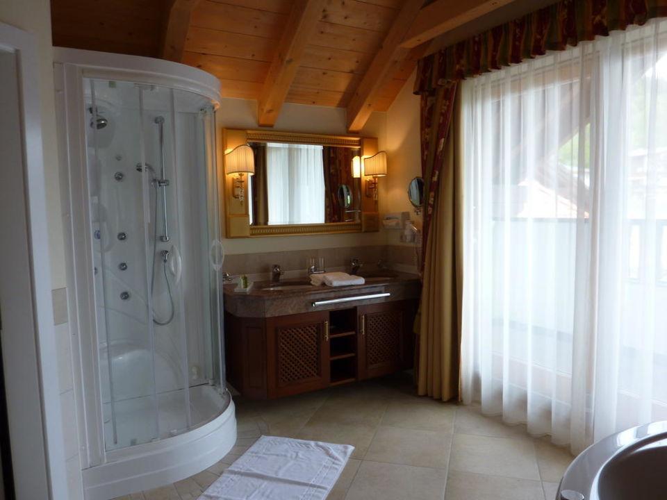 Badezimmer Alpine Resort Goies