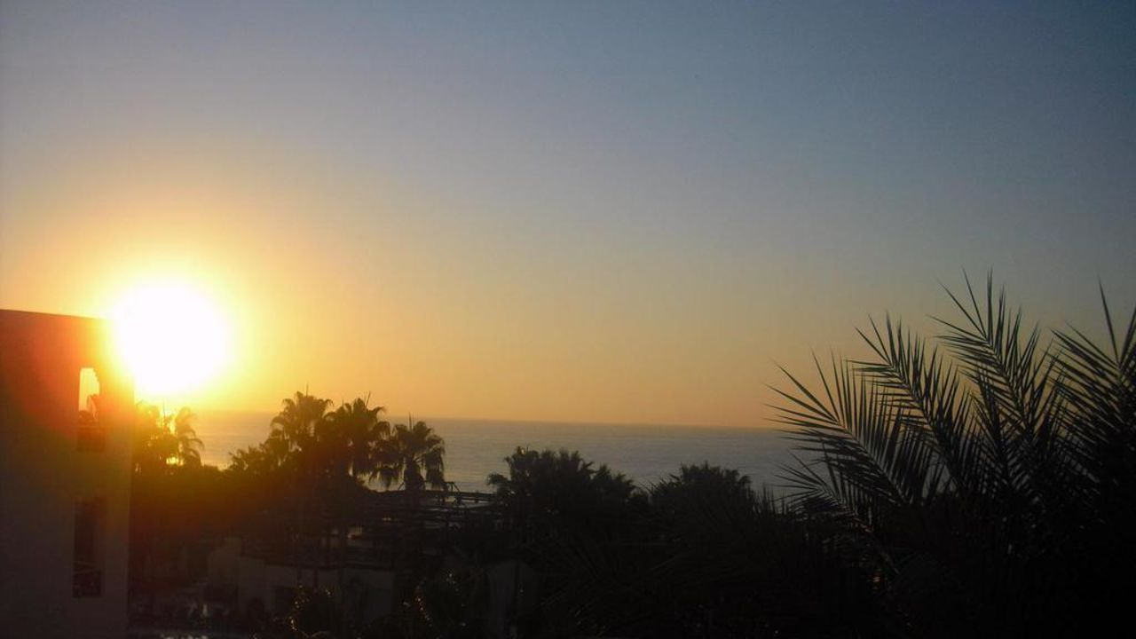 Sonnenaufgang Hotel Paradis Palace