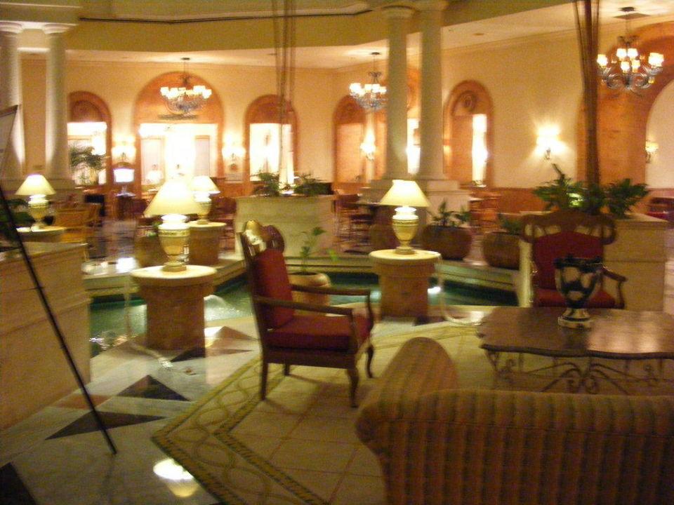 Lobby Hotel Fiesta Americana