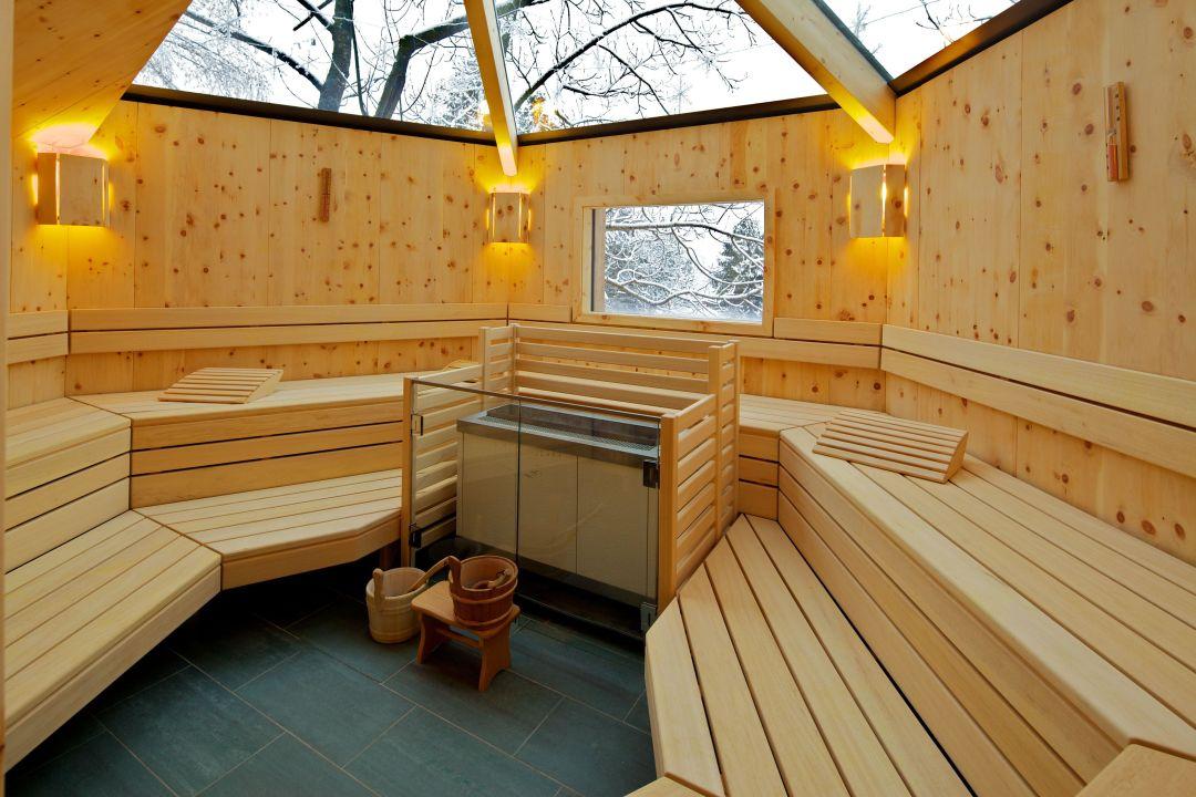 baumhaus sauna innen hotel die post bad kleinkirchheim holidaycheck k rnten sterreich. Black Bedroom Furniture Sets. Home Design Ideas