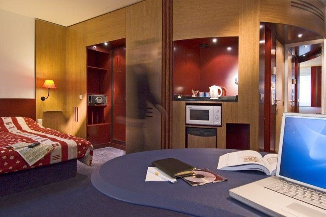 Zimmer Novotel Suites Hamburg City Hotel