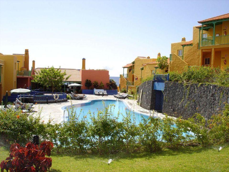 Poolanlage Apartamentos La Caleta