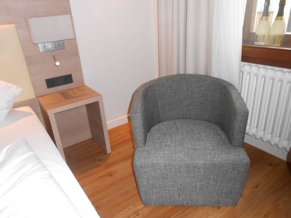 bild alles da zu hotel doctor weinstube in bernkastel kues. Black Bedroom Furniture Sets. Home Design Ideas