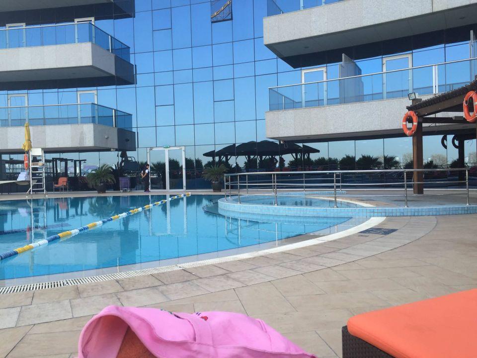 Pool Copthorne Hotel Dubai