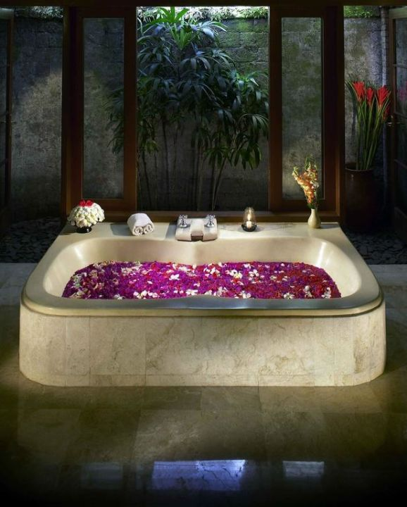 Romantic setting flower bath Hotel Natura Resort & Spa