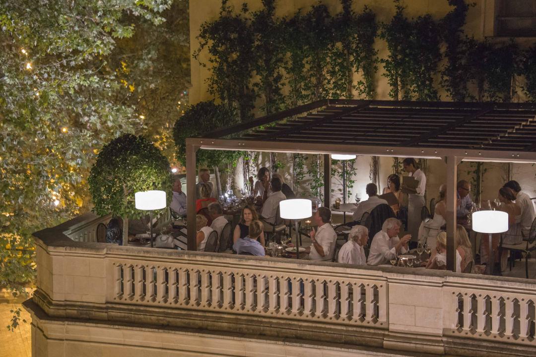 """""""De Tokio A Lima"""" Restaurant Boutique Hotel Can Alomar"""