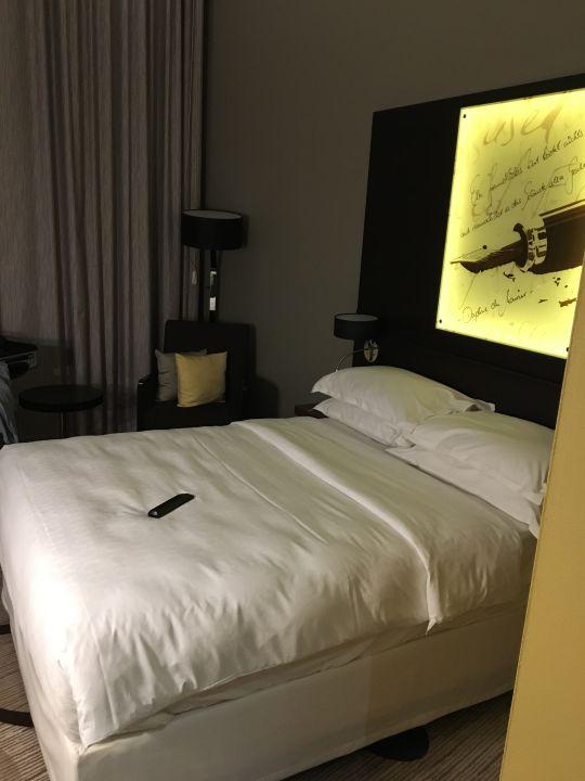 Zimmer Sheraton Hannover Pelikan Hotel