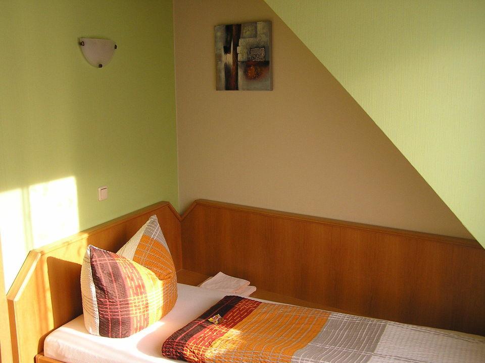 Komfortdreibettzimmer mit Dachterrasse Hotel Schlaadt
