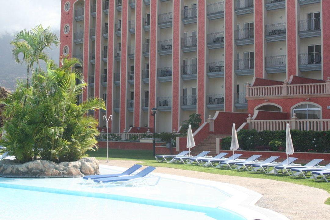 Pool war ok aber eisig kalt Hotel Las Aguilas