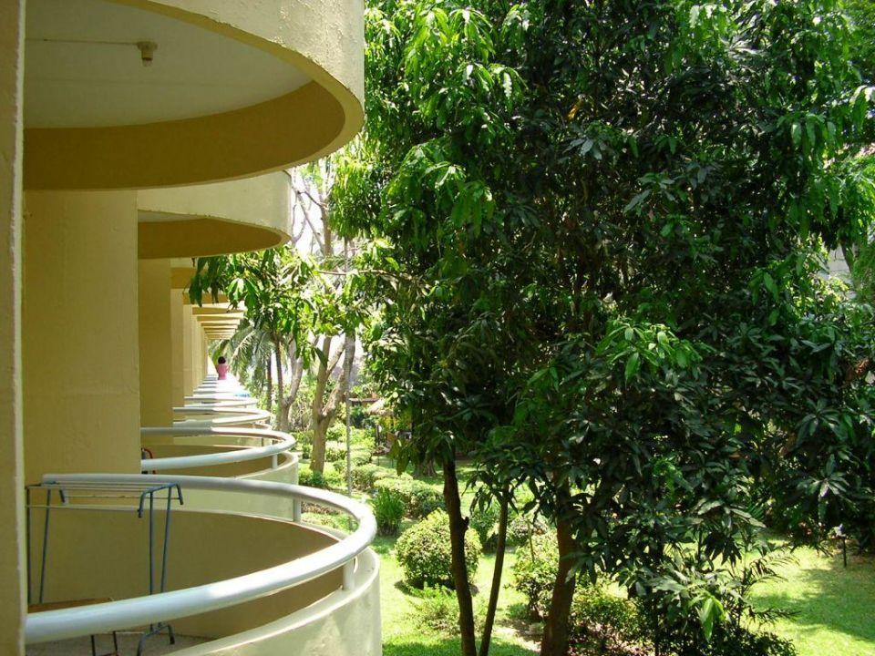 Blick vom Zimmerbalkon Hotel Beach Cha Am