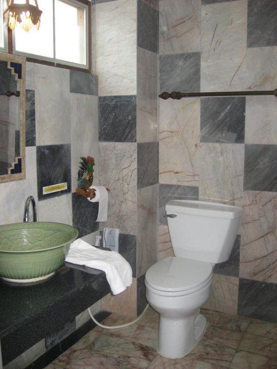 Badezimmer Ruean Thai Hotel