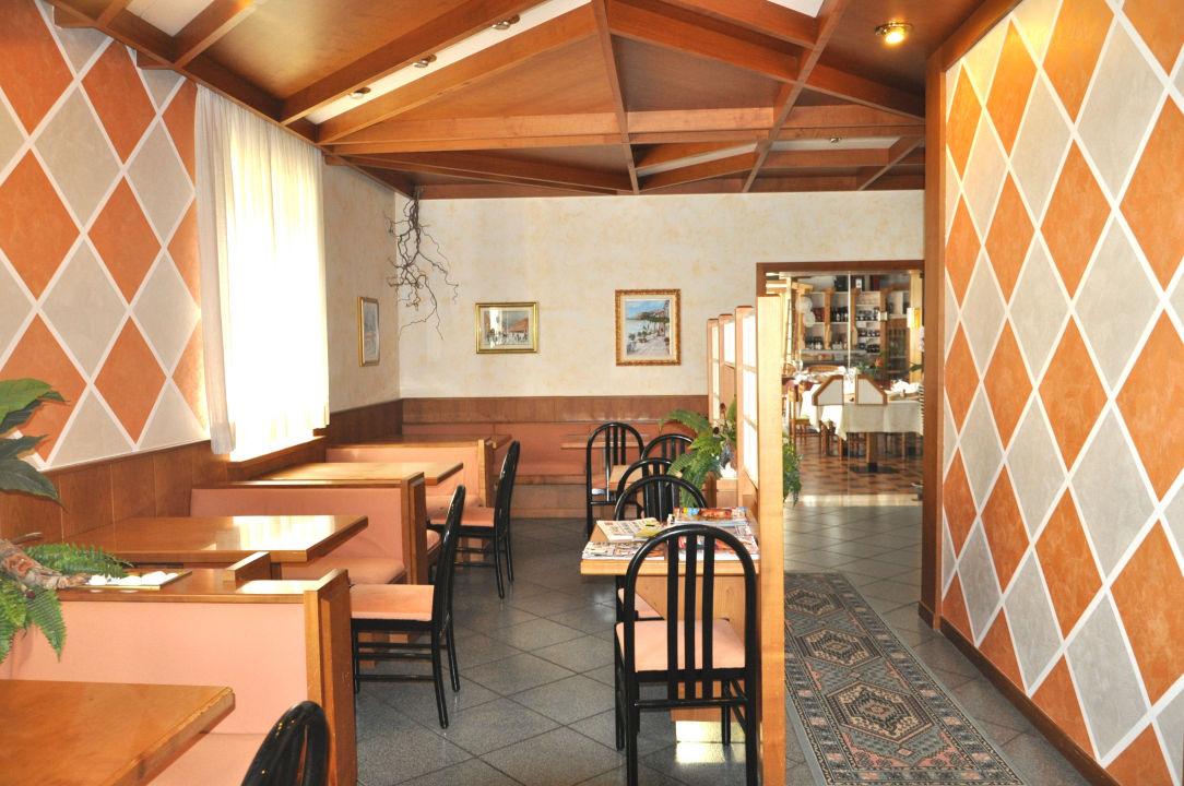 Lounge Bar Hotel Sandro