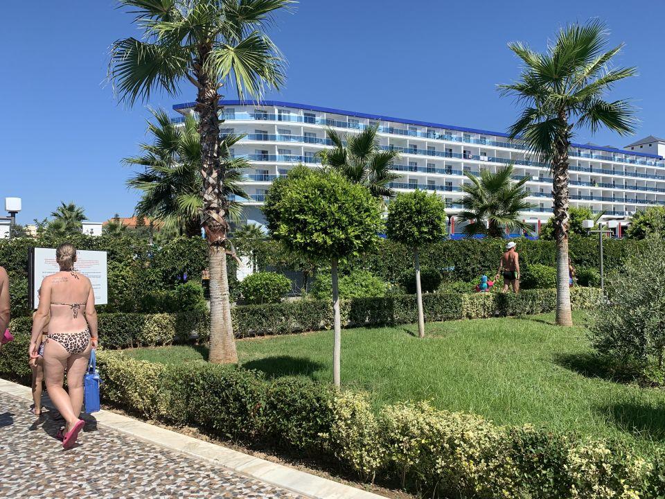Gartenanlage Eftalia Marin