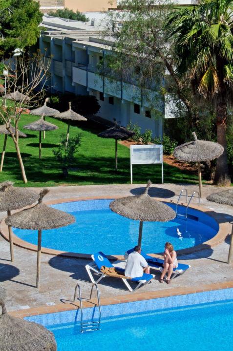 Pool Sol Cala Antena by Melia