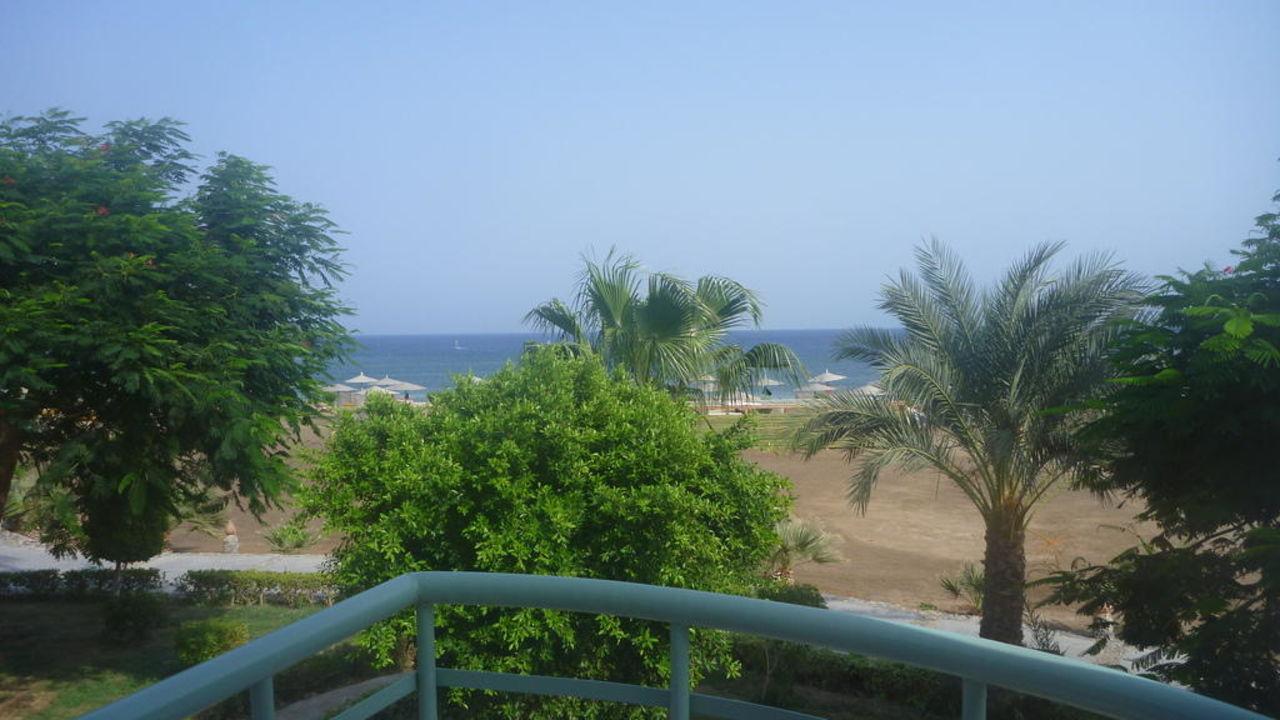 Vista dal terrazzino della camera Shams Alam Beach Resort