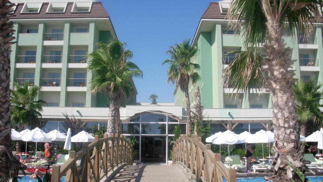 Blick aufs Hotel Mholiday Hotels Belek