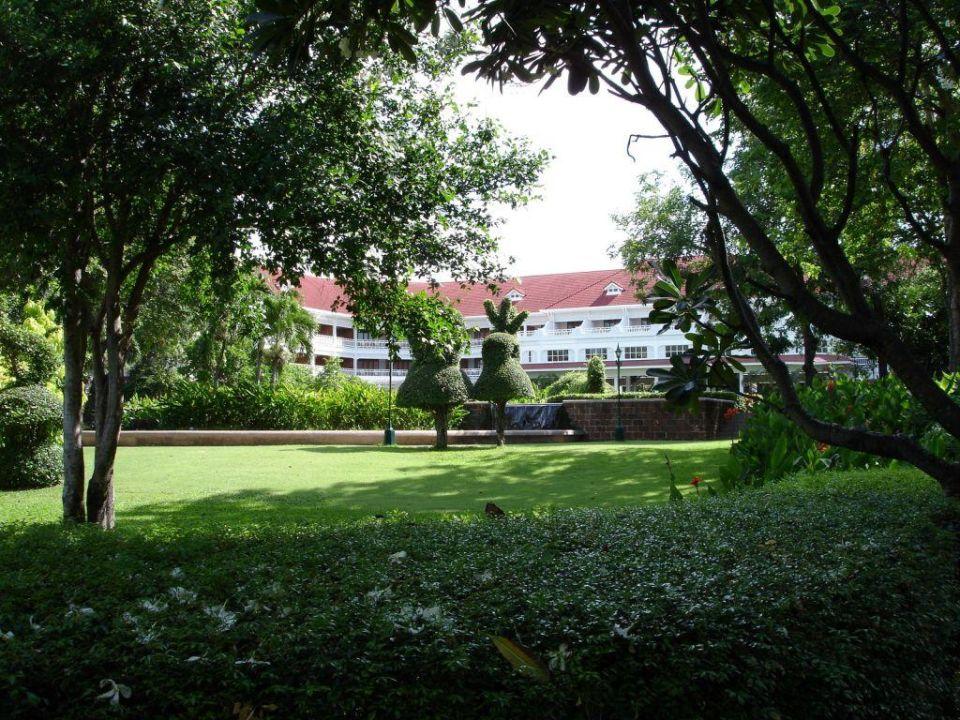 Parkanlage Centara Grand Beach Resort & Villas Hua Hin