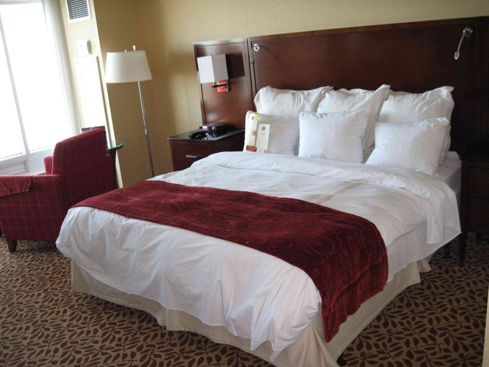 King Size Bett Marriott Niagara Falls Fallsview Hotel & Spa