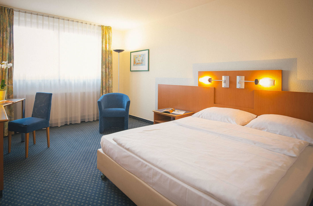 Room Vienna House Easy Neckarsulm