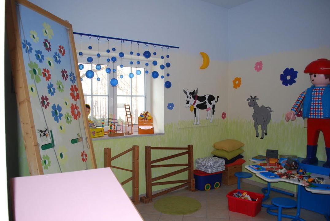 Spielzimmer Apartments Jahreszeitenhof  (geschlossen)
