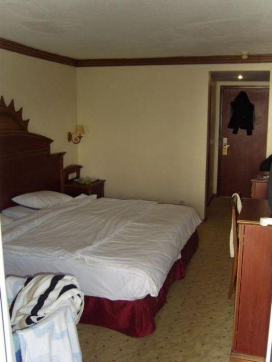 Zimmer vom Balkon aus Hotel Grand Newport