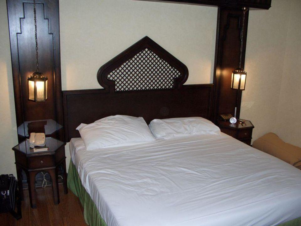Schlafen wie in 1001 Nacht... Arabian Courtyard Hotel & Spa