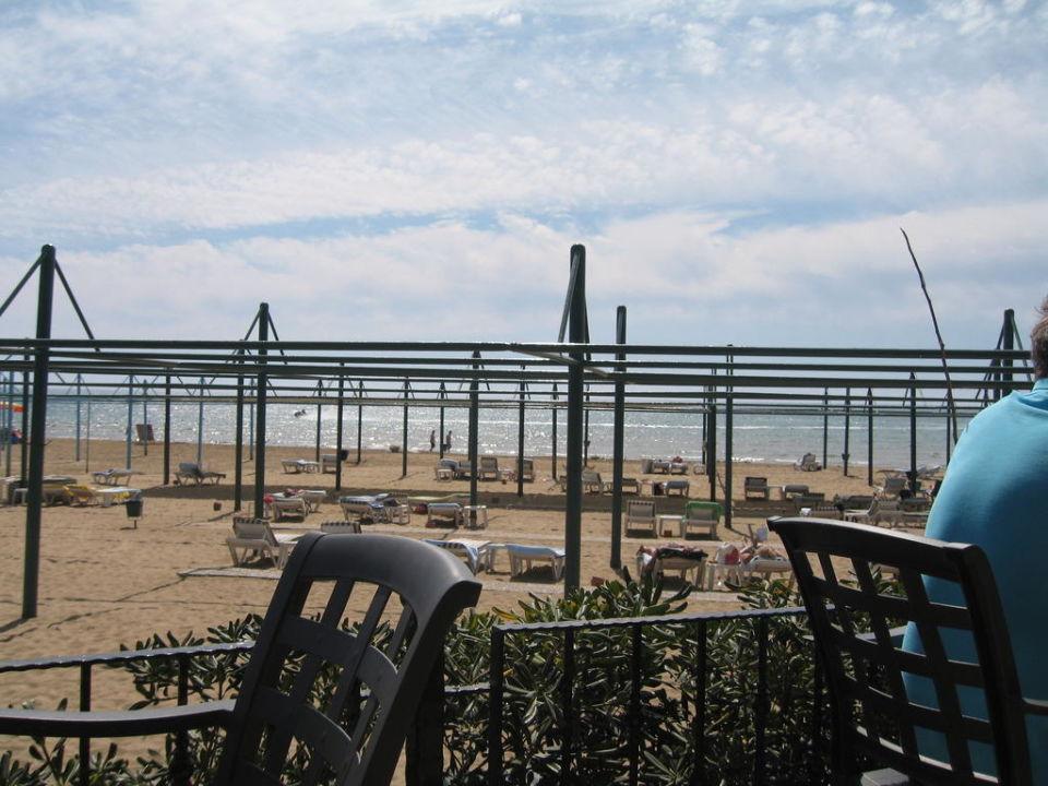 Ausblick von der Strandbar zum Meer Hotel Oleander