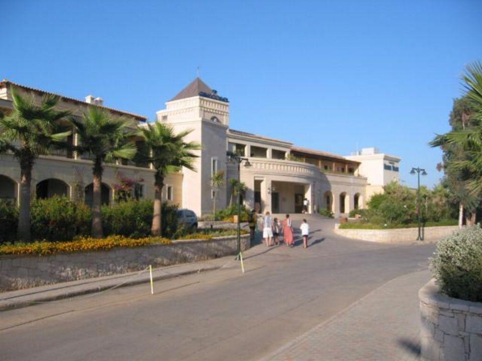 Eingang Grecotel Club Marine Palace