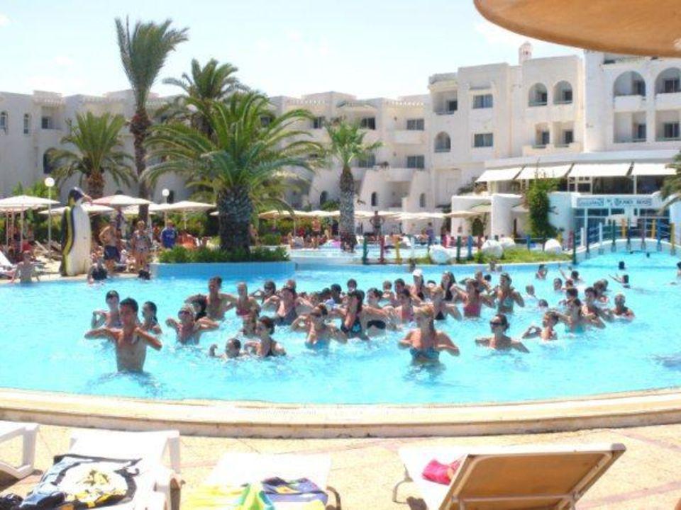 Aquagym Hotel El Mouradi Skanes Beach