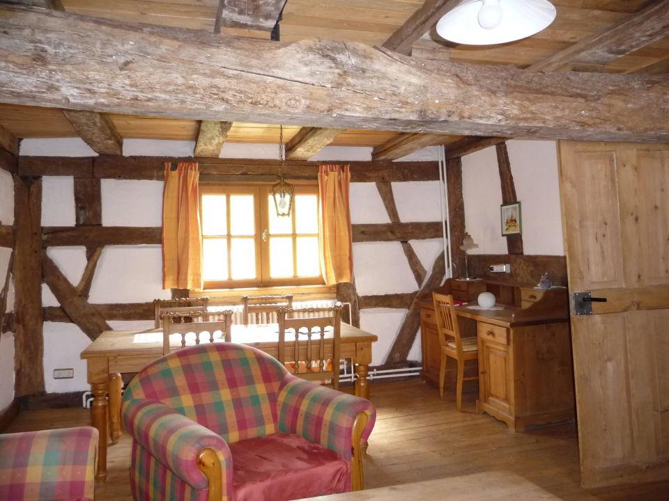 Bild wohnzimmer zu eifel hotel historische wasserm hle for Design hotel eifel bewertung