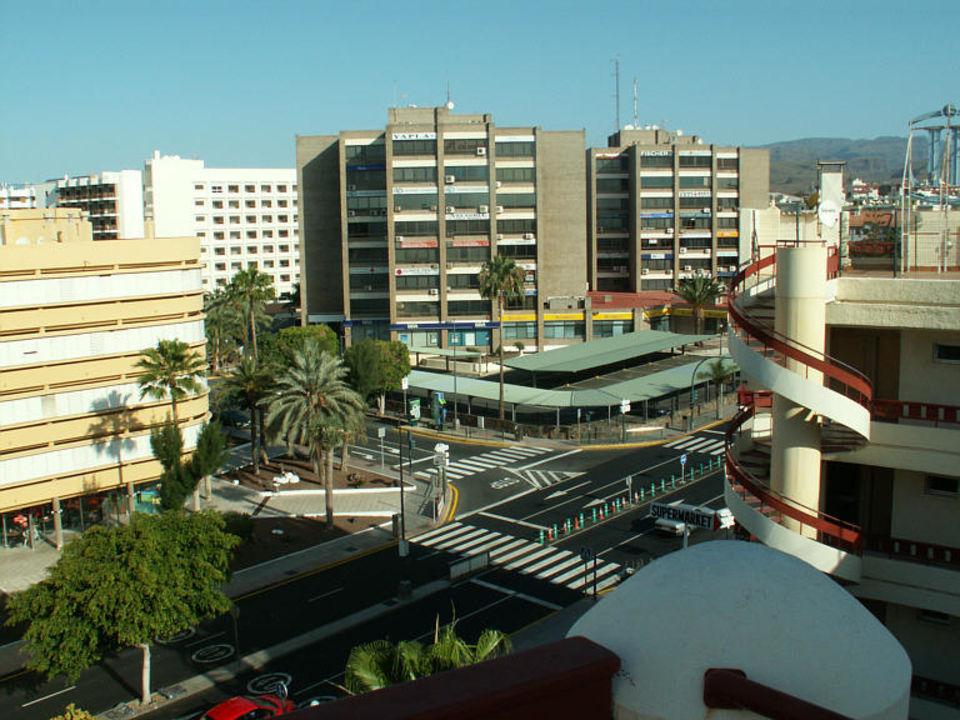 Blick von der Dachterrasse des Aparthotels HL Rondo Hotel
