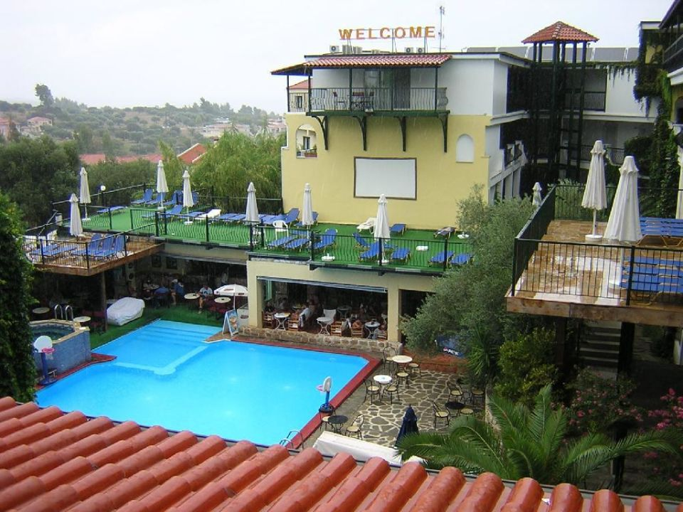 Pool/Bar Hotel Kriopigi