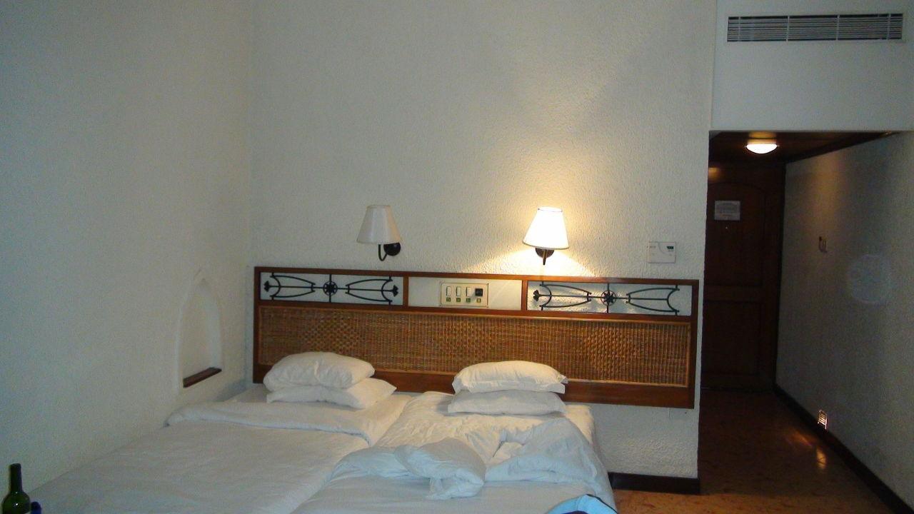 Номер Caravela Beach Resort