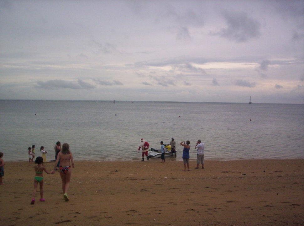 Der Weihnachtsmann kommt Prama Sanur Beach Bali