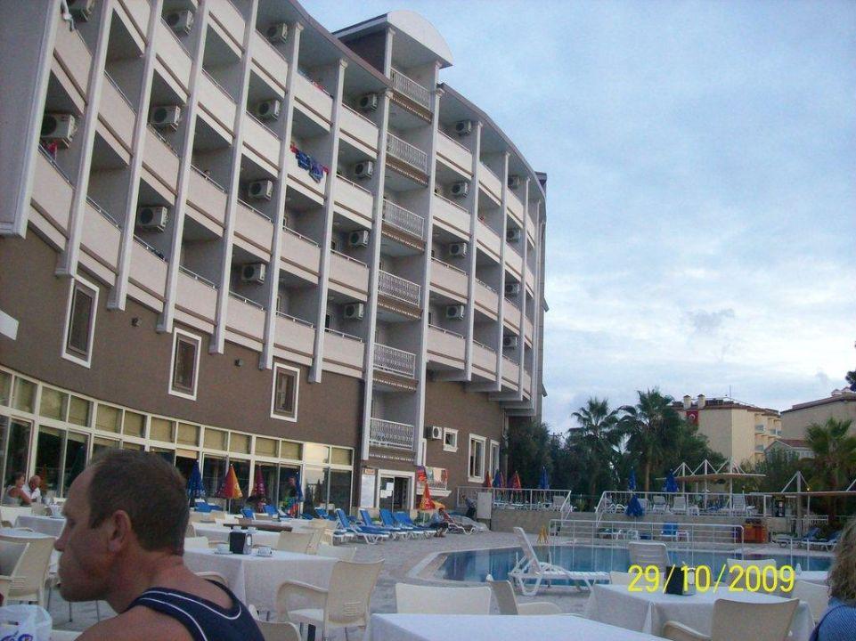 Von hinten Side Alegria Hotel & Spa